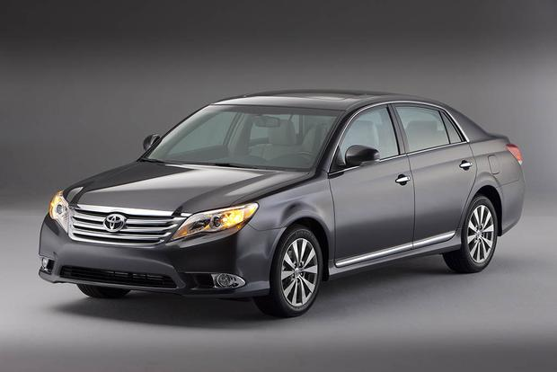 2006-2011 Buick Lucerne vs. 2005-2012 Toyota Avalon: Which Is Better? featured image large thumb4