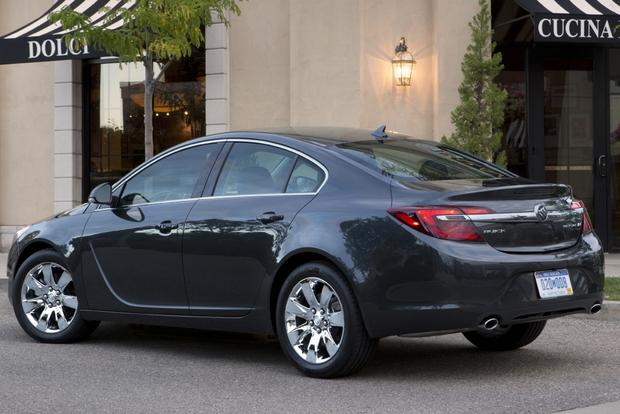 2015 Buick Regal: New Car Review featured image large thumb0