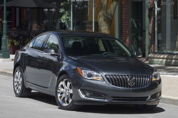 2015 Buick Regal: New Car Review featured image large thumb1