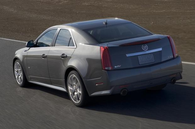 2013 Cadillac CTS-V: New Car Review featured image large thumb2
