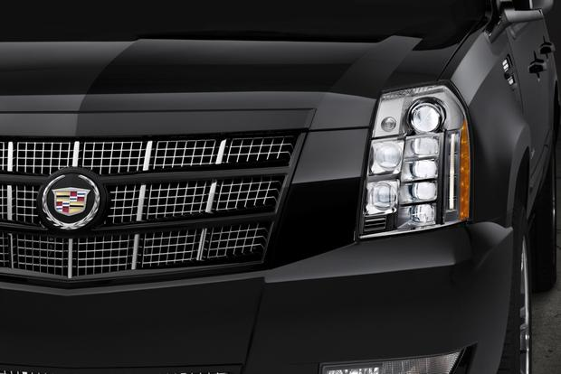2014 vs. 2015 Cadillac Escalade: What's the Difference? featured image large thumb5