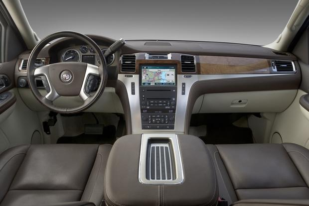 2007 2017 Cadillac Escalade Used Car Review Featured Image Large Thumb3