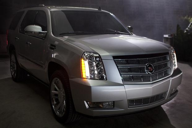 2013 Cadillac Escalade: New Car Review featured image large thumb2