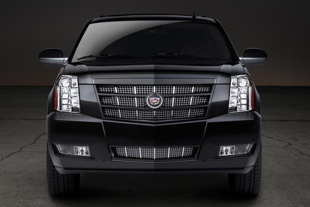 2013 Cadillac Escalade: New Car Review featured image large thumb3