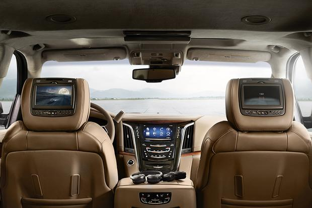 2015 Cadillac Escalade: New Car Review featured image large thumb7