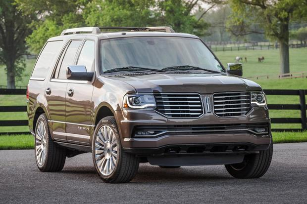 2015 Cadillac Escalade vs. 2015 Lincoln Navigator: Which Is Better
