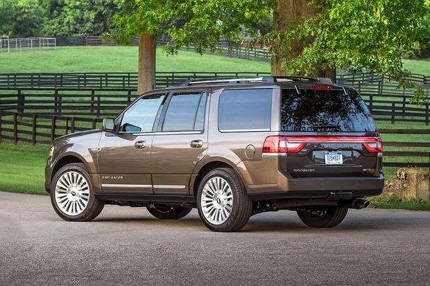 2017 Cadillac Escalade Vs Lincoln Navigator Which Is Better Featured Image Large