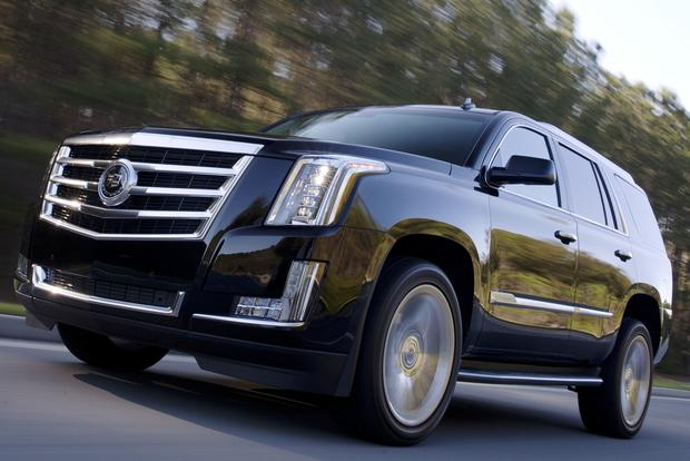 2016 Cadillac Escalade: New Car Review featured image large thumb1
