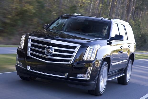2016 Cadillac Escalade: New Car Review featured image large thumb2