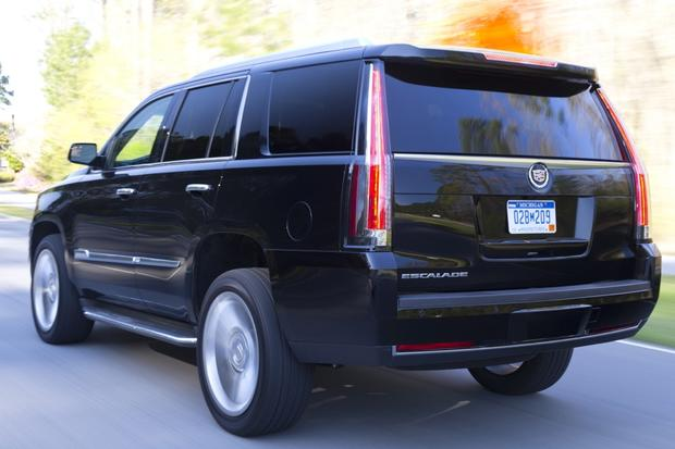2016 Cadillac Escalade: New Car Review featured image large thumb3