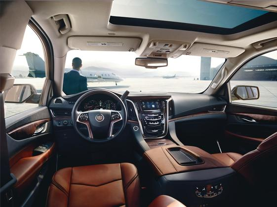 2016 Cadillac Escalade: New Car Review featured image large thumb5