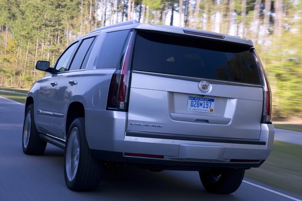 2015 Cadillac Escalade: New Car Review featured image large thumb0
