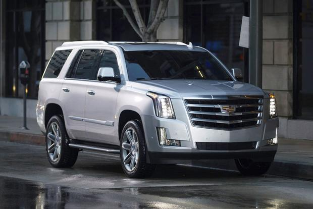 2018 Cadillac Escalade: New Car Review featured image large thumb0