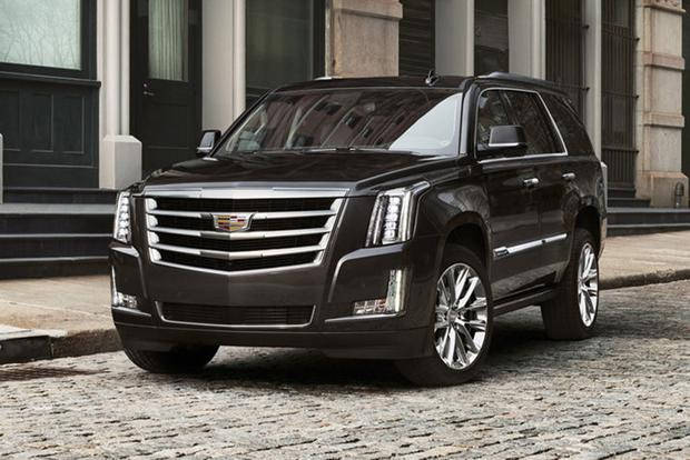 2018 Cadillac Escalade: New Car Review featured image large thumb2