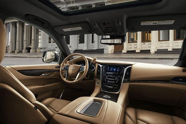 2018 Cadillac Escalade: New Car Review featured image large thumb3