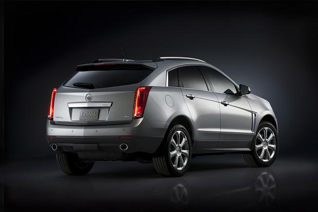 2016 Cadillac SRX: New Car Review featured image large thumb2