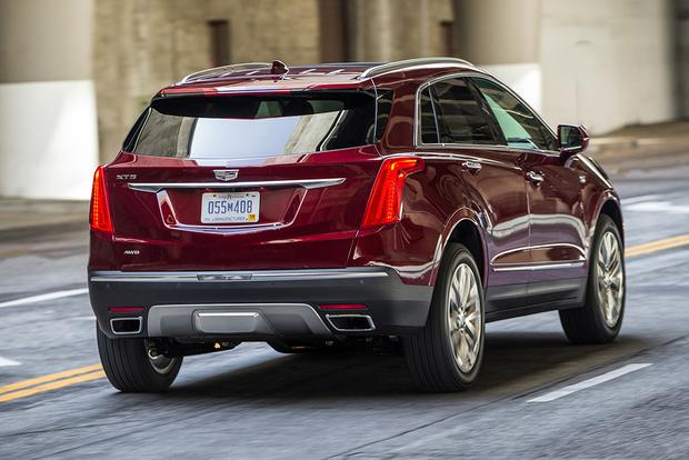 2017 Cadillac XT5 vs. 2016 Cadillac SRX: What's the Difference? featured image large thumb5
