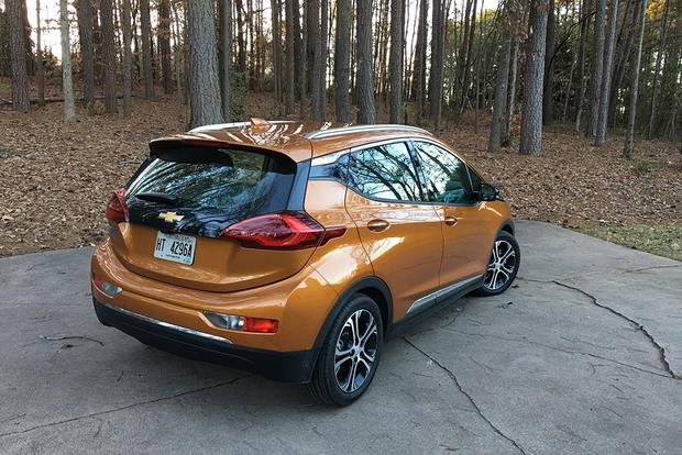 2017 Chevrolet Bolt EV: Meeting Expectations? featured image large thumb2