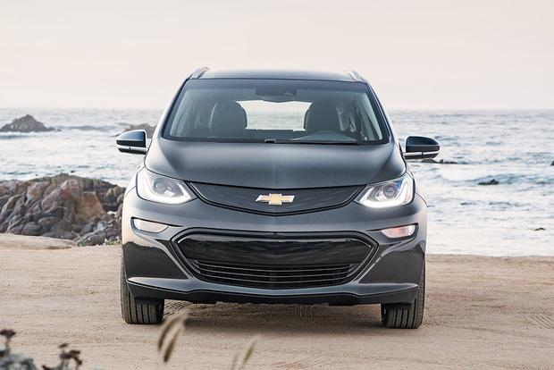 2017 Chevrolet Bolt: New Car Review featured image large thumb5
