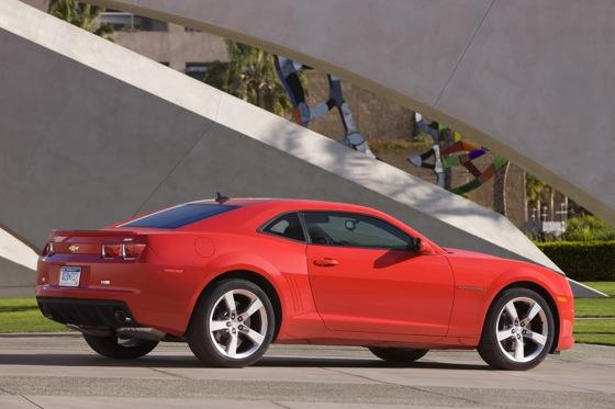 2013 Chevrolet Camaro: New Car Review featured image large thumb5