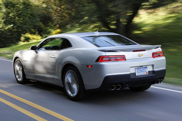 2015 vs. 2016 Chevrolet Camaro: What's the Difference? featured image large thumb9