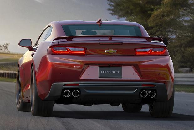 2016 Chevrolet Camaro: New Car Review featured image large thumb3