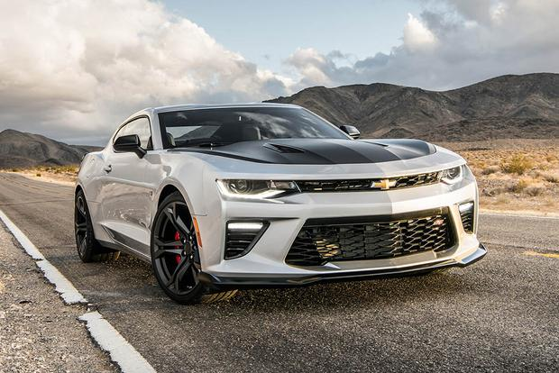 2017 Chevrolet Camaro 1LE: Everyday Performance featured image large thumb0