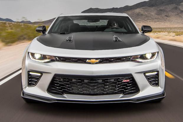 2017 Chevrolet Camaro 1LE: Everyday Performance featured image large thumb2