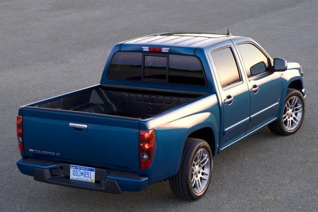 2010 chevrolet colorado used car review autotrader. Black Bedroom Furniture Sets. Home Design Ideas