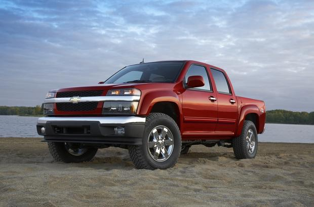 2011 Chevrolet Colorado: Used Car Review featured image large thumb1