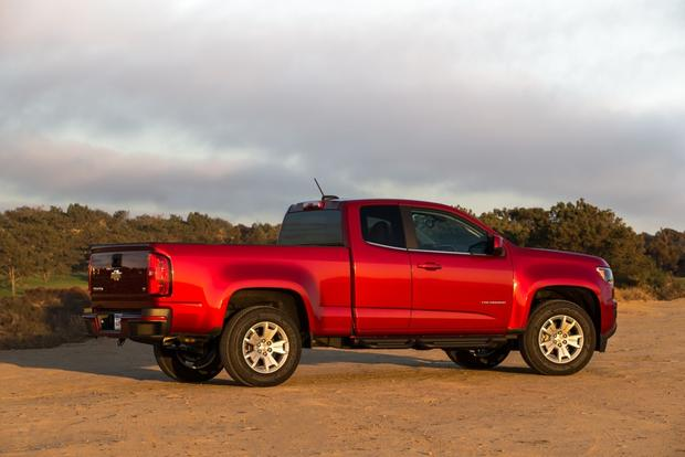 2015 Chevrolet Colorado: New Car Review featured image large thumb2
