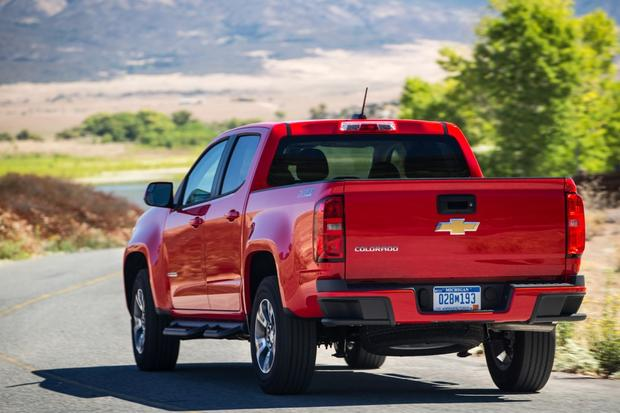 2015 chevrolet colorado vs 2015 gmc canyon whats the autos post. Black Bedroom Furniture Sets. Home Design Ideas