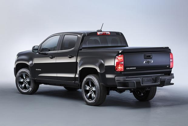 2016 Toyota Tacoma vs. 2016 Chevrolet Colorado: Which Is Better? featured image large thumb4