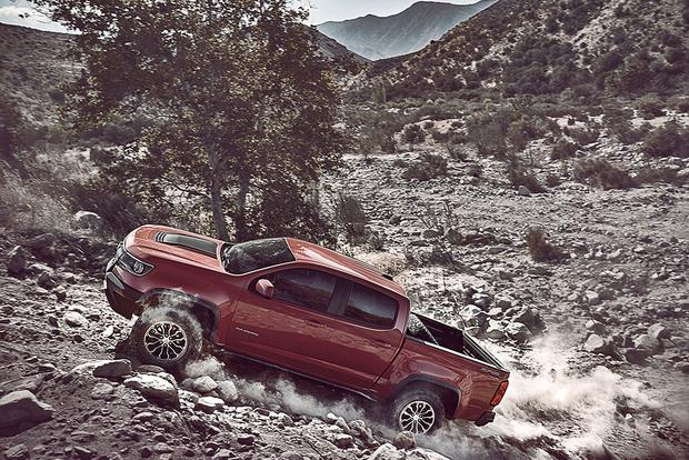 2017 Chevrolet Colorado: New Car Review featured image large thumb3