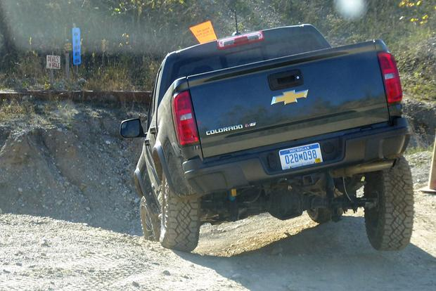 Off-Roading in the 2018 Chevrolet Colorado ZR2 featured image large thumb2