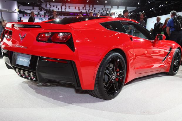2014 Chevrolet Corvette Stingray: Detroit Auto Show featured image large thumb5