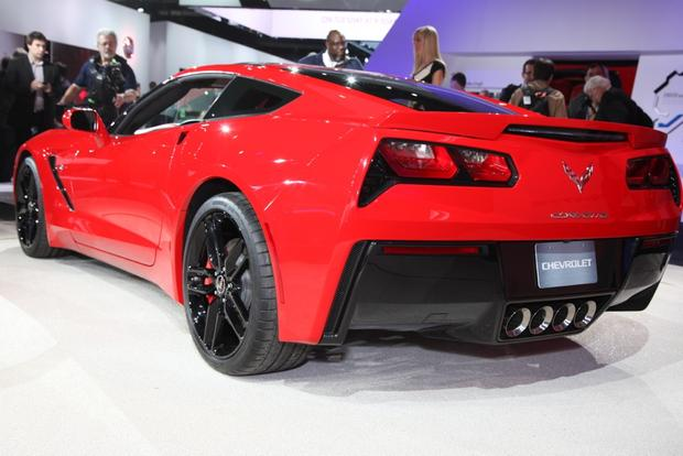2014 Chevrolet Corvette Stingray: Detroit Auto Show featured image large thumb7