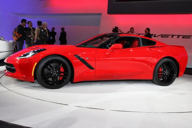 2014 Chevrolet Corvette Stingray: Detroit Auto Show featured image large thumb8