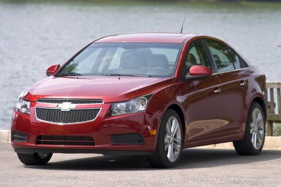 2012 Chevrolet Cruze: New Car Review featured image large thumb3