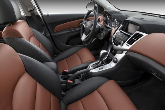 2012 Chevrolet Cruze: New Car Review featured image large thumb7