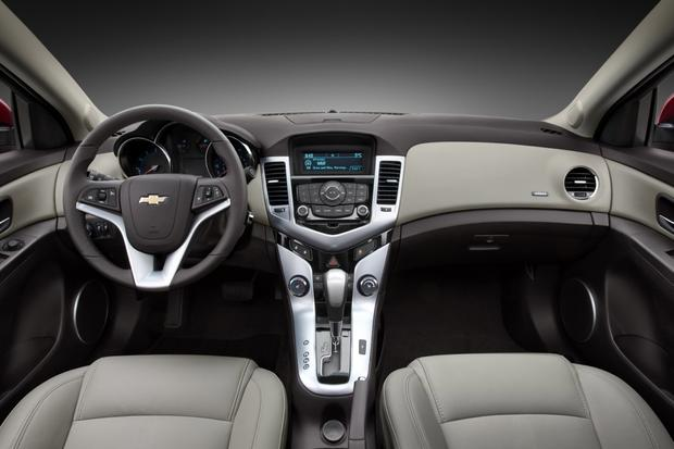 2012 Chevrolet Cruze Reviews and Rating | Motor Trend