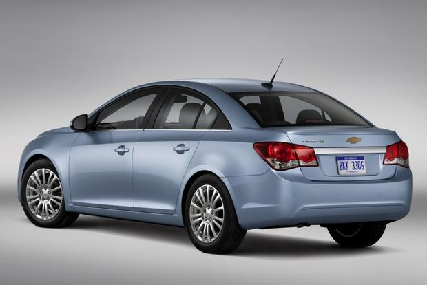 2013 Chevrolet Cruze: Used Car Review featured image large thumb4