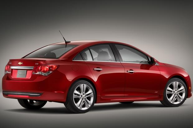 2013 Chevrolet Cruze: Used Car Review featured image large thumb1
