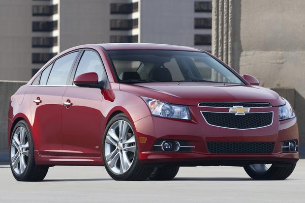 2014 Chevrolet Cruze: New Car Review Featured Image Large Thumb0