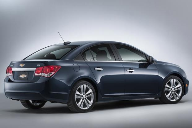 2015 Chevrolet Cruze: Used Car Review featured image large thumb3
