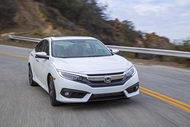 2016 Honda Civic vs. 2016 Chevrolet Cruze: Which Is Better? featured image large thumb1