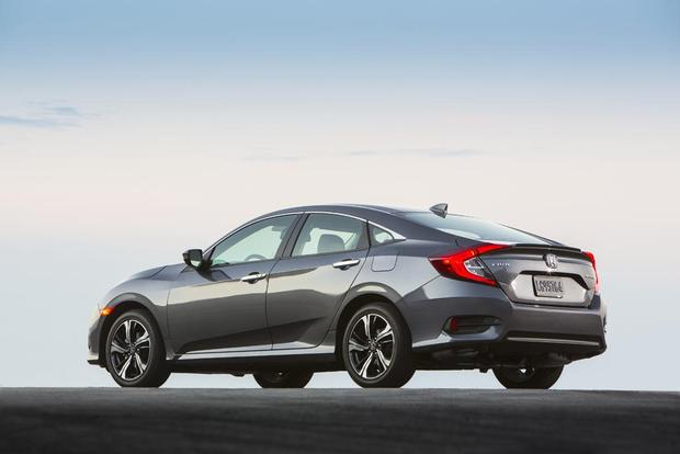 2016 Honda Civic vs. 2016 Chevrolet Cruze: Which Is Better? featured image large thumb9