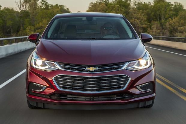 2016 Chevrolet Cruze: New Car Review
