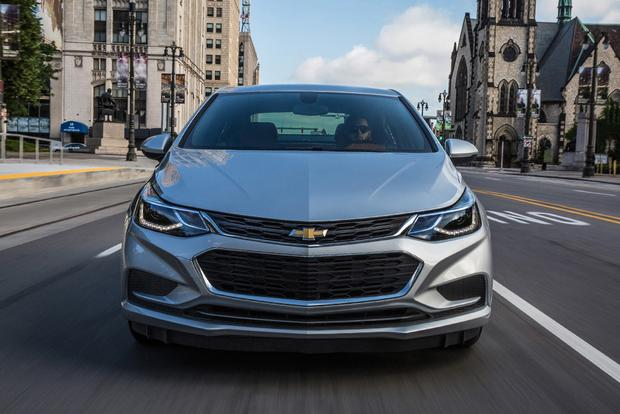 2018 Chevrolet Cruze: New Car Review featured image large thumb3