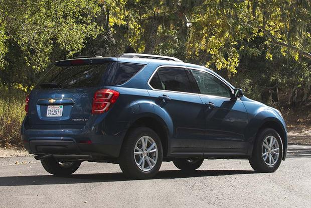 2016 Chevrolet Equinox: New Car Review featured image large thumb1